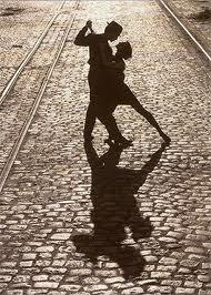"""Per molti psicologi la """"fase di innamoramento"""" dura mediamente uno-due anni."""